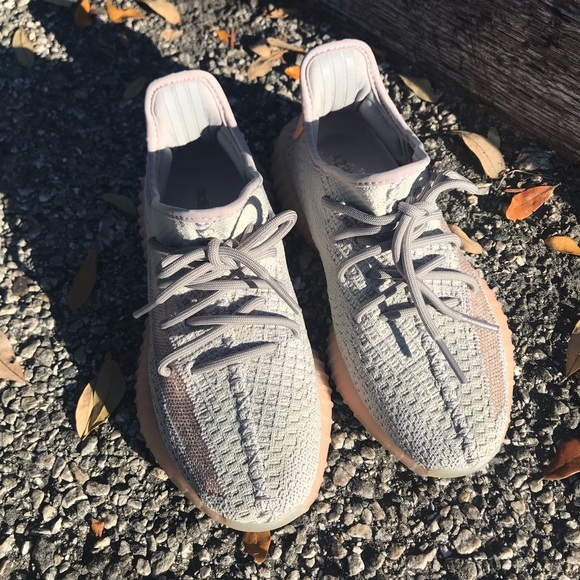 adidas yeezy 350 boost 37